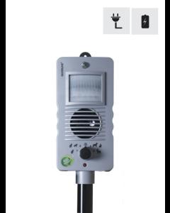 Katt- & viltskrämmare med pir-sensor och blixt.
